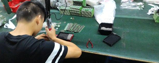Acquistare prodotti elettronici in Cina