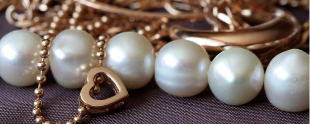 importare gioielleria dalla Cina